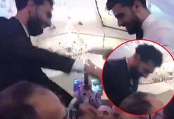 Mısırlı ünlü futbolcu Salah, kardeşinin düğününde koronavirüs kaptı
