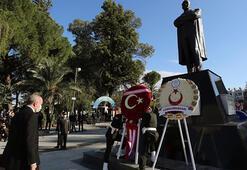 KKTCde Atatürk Anıtında tören Erdoğan ve Tatar özel defteri imzaladı