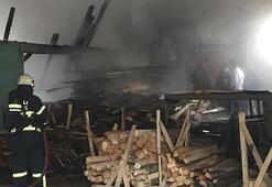 İzmit'te, palet fabrikası ofisinde korkutan yangın