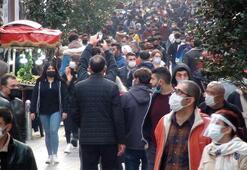 Korkutan görüntüler İstanbulun en kalabalık caddesinde pandemi yok sayıldı
