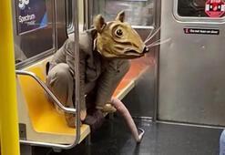 New York metrosunda şok görüntü