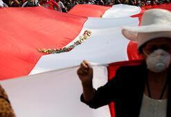 Son dakika... Peruda yeni Devlet Başkanı Francisco Sagasti oldu