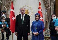 Cumhurbaşkanı Erdoğan, Londrada operasyonla ayrılan siyam ikizlerini konuk etti