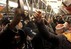 Metro ve metrobüste yine Sosyal mesafesiz ulaşım