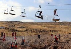 Erciyeste kayak sezonu öncesi kurtarma tatbikatı