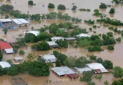 Iota Kasırgası yıkıp geçiyor