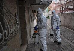 Fatihte Kovid-19 vakası görülen binalar dezenfekte ediliyor