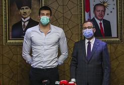 Bakan Kasapoğlu, Emre Sakçıyı kabul etti