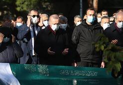 Cumhurbaşkanı Erdoğan, Bakan Pekcanın annesinin cenaze törenine katıldı
