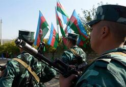 Azerbaycan ordusu Ağdama bayrak dikti, kent camisinde ezan okundu