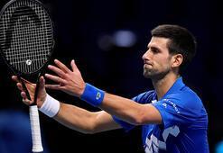 ATP Finallerinde Novak Djokovic yarı finale yükseldi
