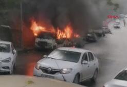 Şişllide park halinde olan iki minibüs alev alev yandı.