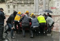 Dolmabahçede kaza Sürücü araçta sıkıştı