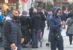 İstiklal Caddesinde yoğunluk, büfe önlerinde kuyruk oluştu