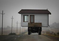Azerbaycan zamanında Karabağdan ayrılamayan Ermeni sivillerin taşınmasına izin verdi