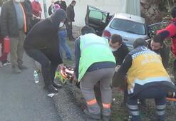 Zonguldakta otomobil istinat duvarına çarptı