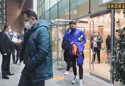 Medipol Başakşehir, Old Trafforda gitmek için otelden ayrıldı