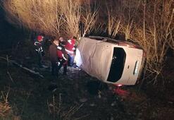 Ağrıda kaçak göçmenleri taşıyan araç devrildi: Yaralılar var