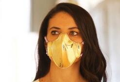 Altın ve gümüş maskeler satışa çıkarıldı
