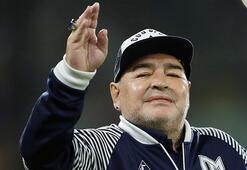 Son dakika: Maradona hayatını kaybetti Futbol dünyası yasta...
