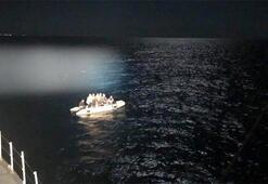 Marmariste 17 kaçak göçmen kurtarıldı