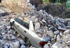 Depremin kalıntıları Konakta kaldı