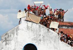 Sri Lankada hapishanede ölümcül koronavirüs isyanı