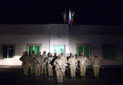 Azerbaycan ordusu işgalden kurtarılan Laçına bayrak dikti