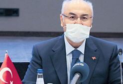 İzmir Valisi Köşgerin koronavirüs tedavisi sona erdi
