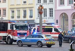 Almanya'da bir araç yayalara çarptı: 4 ölü, 15 yaralı
