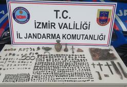 İzmirdeki kaçakçılık operasyonunda 575 parça tarihi eser ele geçirildi