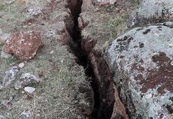 Siirt depreminin ardından derin yarıklar oluştu