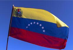 Venezuelada parlamento seçimleri için oy verme işlemi başladı