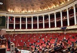 Fransa'da Senegal ve Benin kültürel mirasının iadesi kararı onaylandı