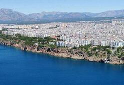 Antalya falezlerinde büyük tehlike