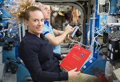 NASA Aya gidecek 18 kişilik ekibi açıkladı