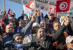 Tunusta eski rejim döneminin mağdurları gösteri düzenledi