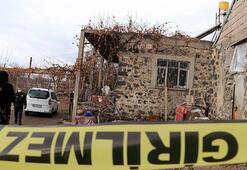 73 ve 65 yaşlarındaki iki kardeş evde ölü bulundu