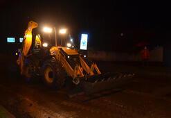 Dere taşması nedeniyle ulaşıma kapanan kara yolu yeniden açıldı