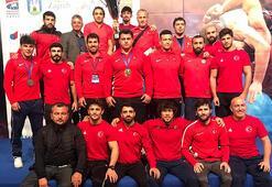Milli güreşçi Şerif Kılıç, Dünya Kupasında finale çıktı