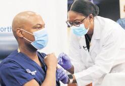 Aşı olan ilk doktor: Çok umutluyum
