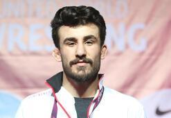 Milli güreşçi Erhan Yaylacıdan bronz madalya
