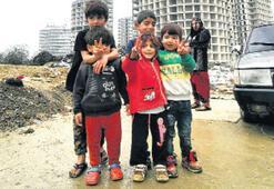 Fikirtepe'de göçmen dramı 3 çocukla arabada yaşam