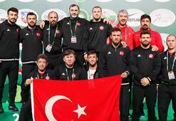 Güreş Dünya Kupası'nda 7 gümüş, 6 bronz