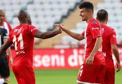 Antalyasporun parlayan yıldızı: Gökdeniz Bayrakdar