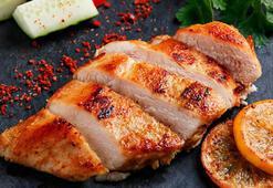 Tavuk etini besin değerini koruyarak pişirmenin püf noktaları