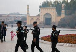 Çin, Sincan Uygur Özerk Bölgesinde bildiğini okumakta kararlı