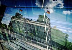 Almanya Türkiye'ye silah ambargosuna karşı