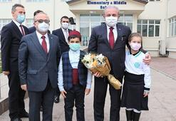 TBMM Başkanı Şentop, Kalkandelen'deki Maarif Okullarını ziyaret etti