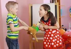 Çocuklarda Kardeş Kavgası Ve Kardeş Kıskançlığı Nasıl Giderilir